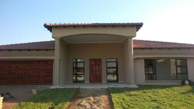 Property For Sale in Heuweloord, Centurion