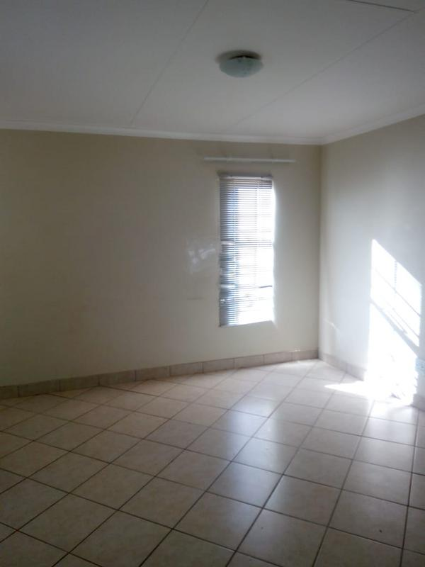 Property For Rent in Atteridgeville, Atteridgeville 5