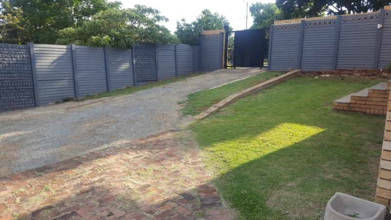 Property For Rent in Erasmia, Centurion 6
