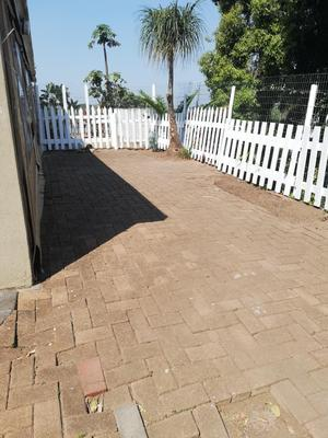 Property For Rent in Malvern, Queensburgh