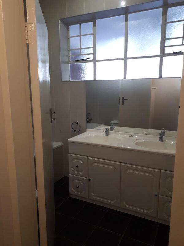 Property For Rent in Killarney, Johannesburg 18