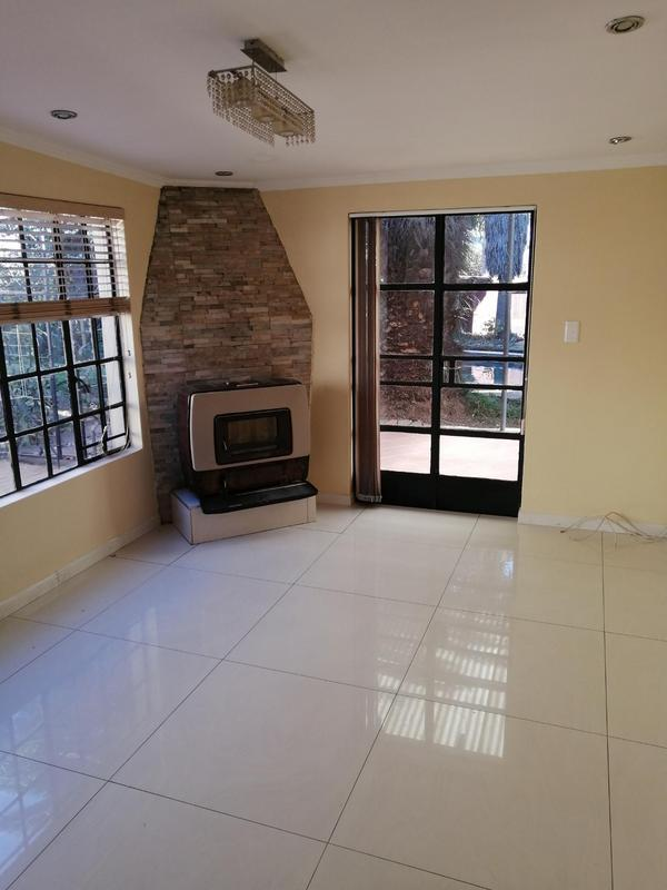 Property For Rent in Montgomery Park, Johannesburg 9