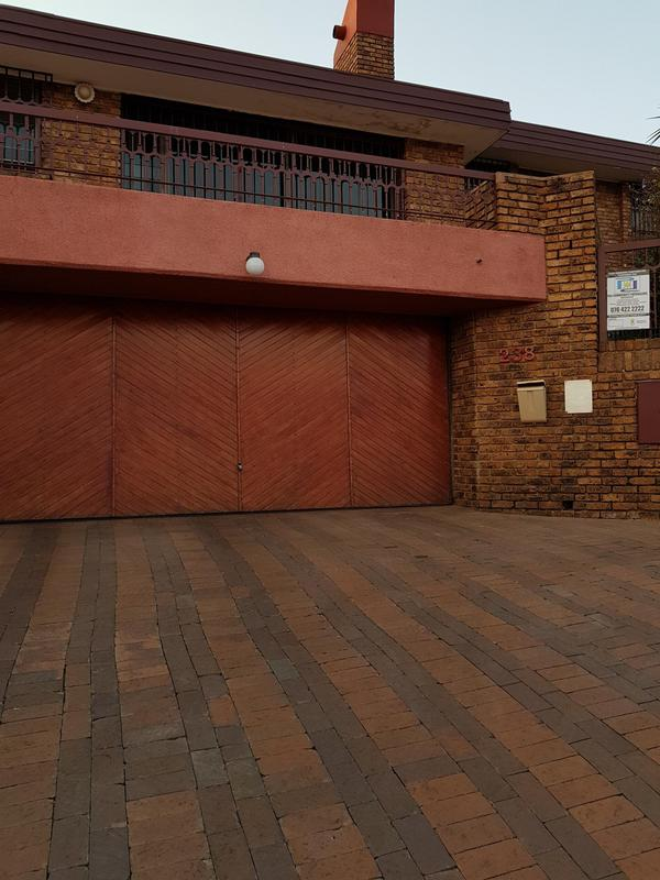 Property For Sale in Laudium, Centurion 6