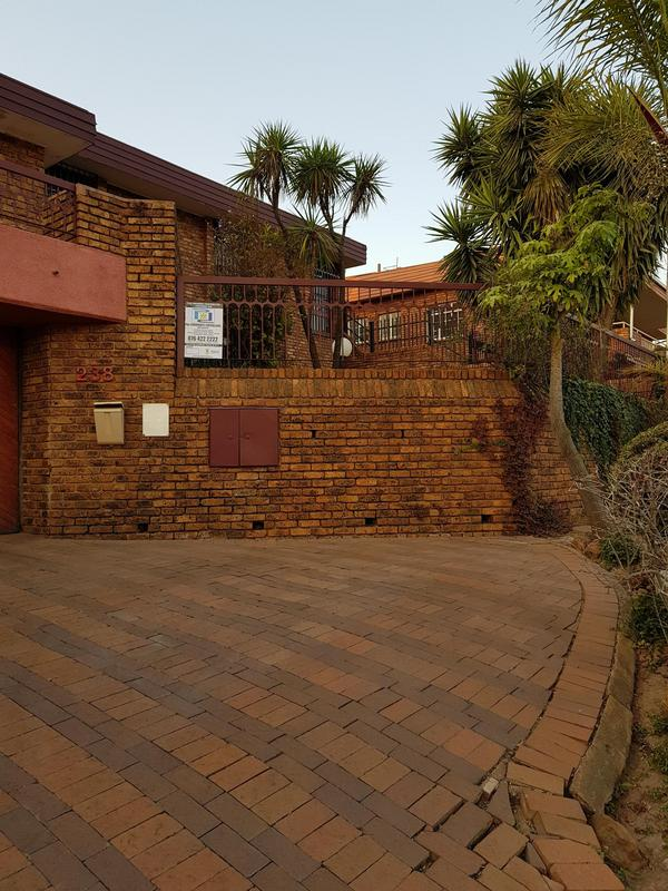 Property For Sale in Laudium, Centurion 7