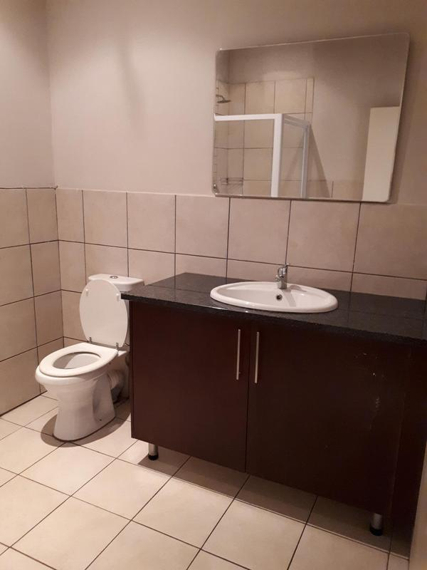 Property For Rent in Blackheath, Johannesburg 13