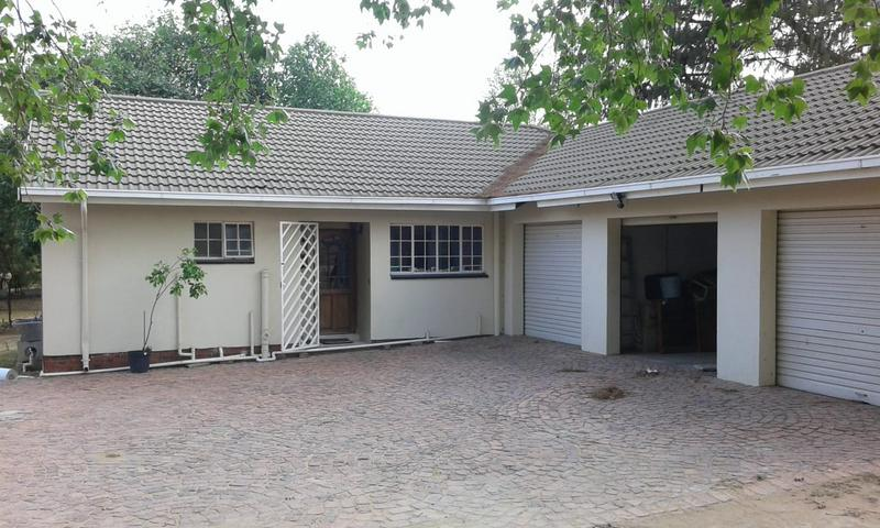 Property For Sale in Halfway Gardens, Midrand 4