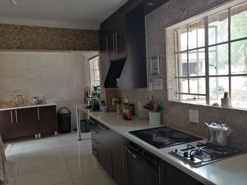 Property For Sale in Halfway Gardens, Midrand 15