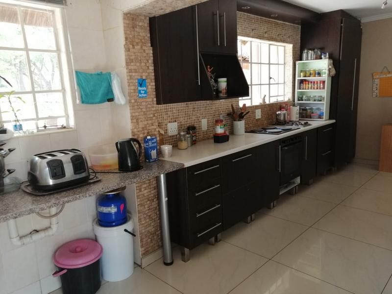 Property For Sale in Halfway Gardens, Midrand 17