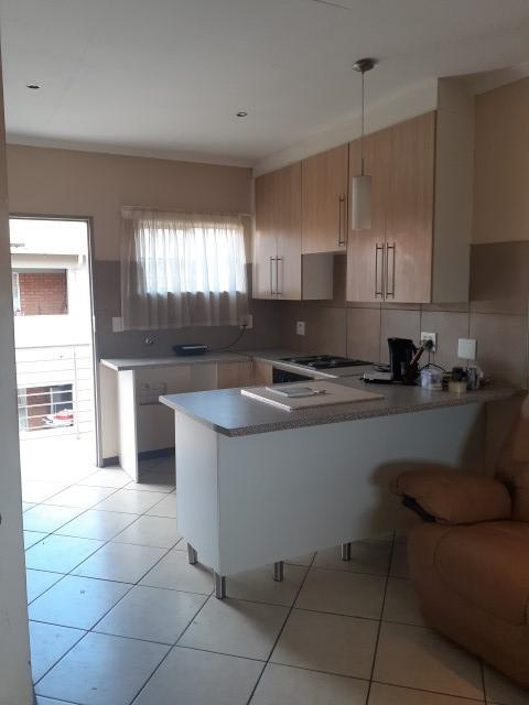 Property For Sale in Monavoni, Centurion 5
