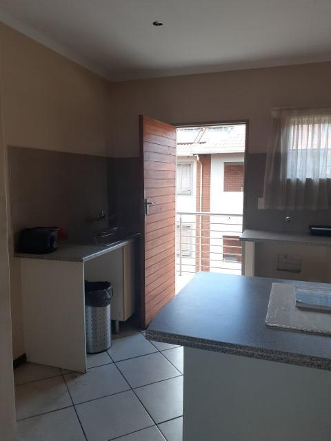 Property For Sale in Monavoni, Centurion 6