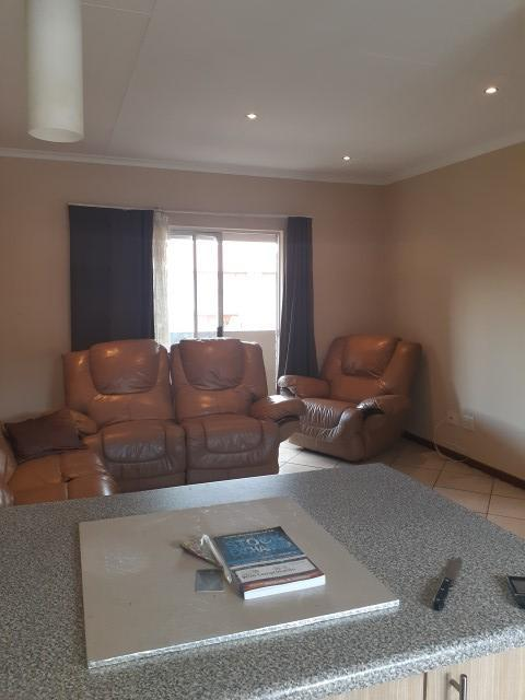 Property For Sale in Monavoni, Centurion 8