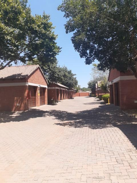 Property For Sale in Monavoni, Centurion 26