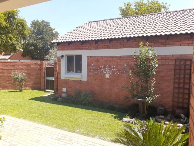 Property For Sale in Monavoni, Centurion 7