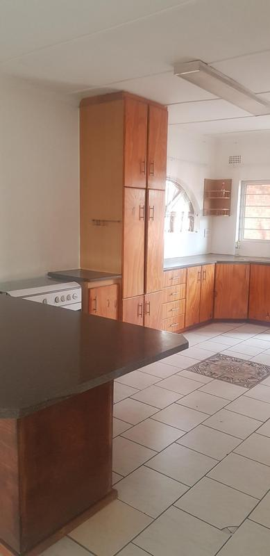 House For Sale in Reservoir Hills, Durban