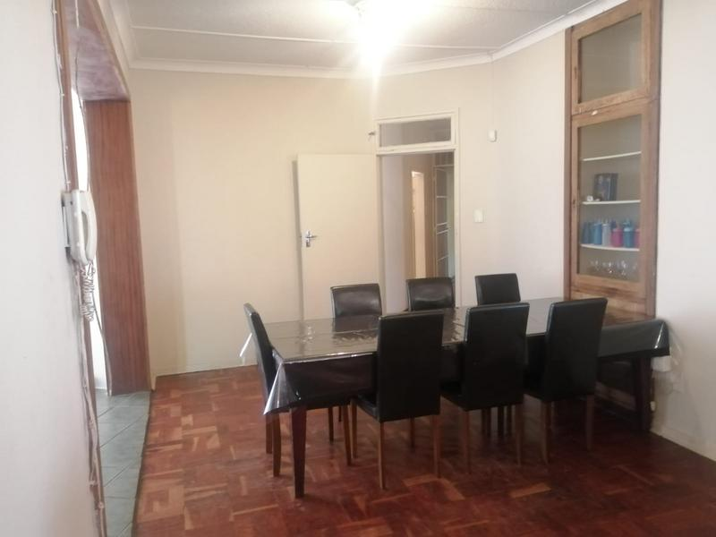 Property For Sale in Roosevelt Park, Johannesburg 4