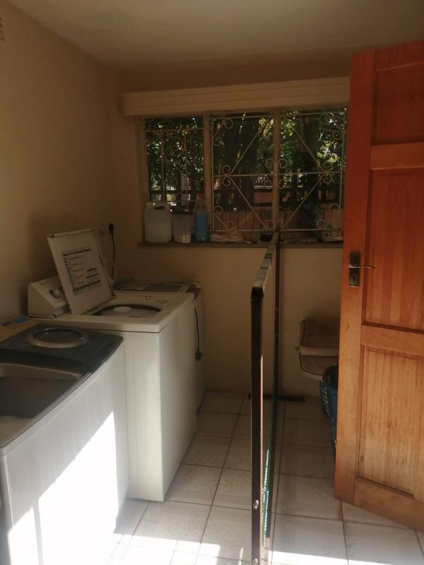 Property For Sale in Roosevelt Park, Johannesburg 6