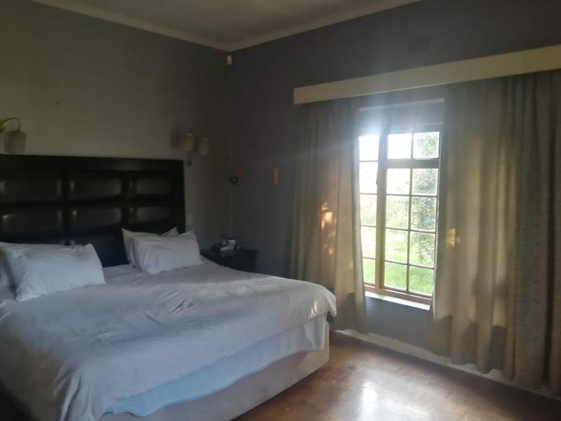 Property For Sale in Roosevelt Park, Johannesburg 21