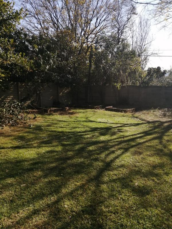 Property For Sale in Roosevelt Park, Johannesburg 25