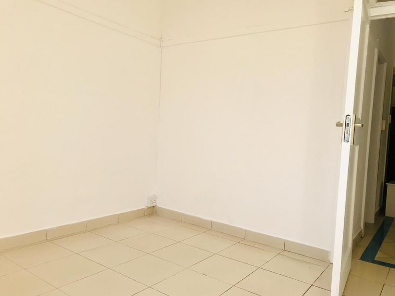 Property For Sale in North Beach, Durban 4
