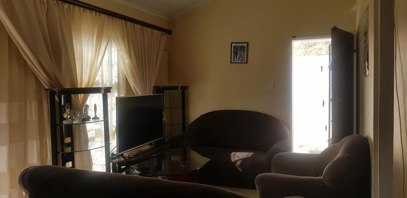 Property For Rent in Newlands West, Newlands 6