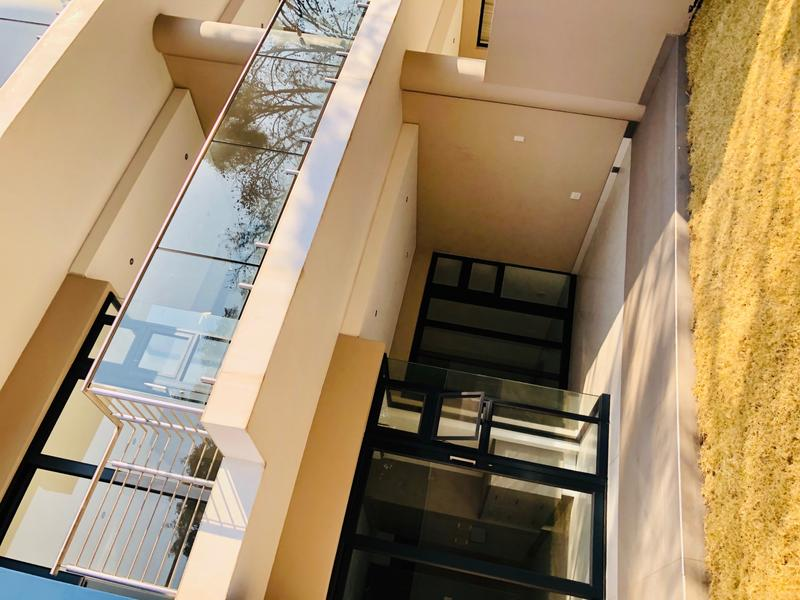 Property For Sale in Houghton, Johannesburg 24