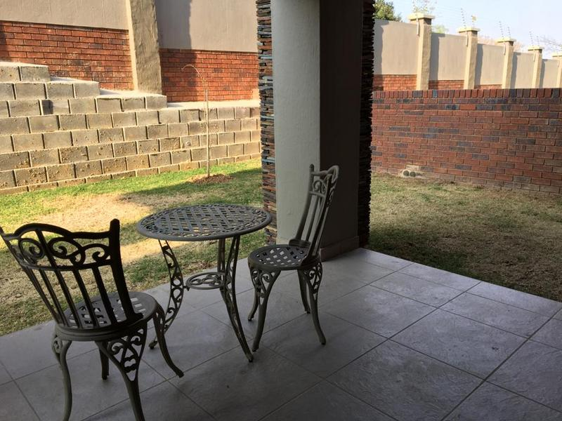 Property For Rent in Victory Park, Johannesburg 7
