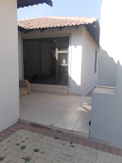 Property For Rent in The Reeds, Centurion 12