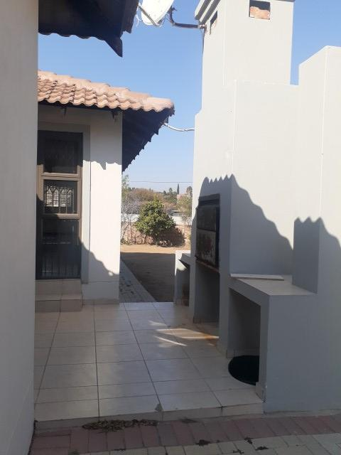 Property For Rent in The Reeds, Centurion 11