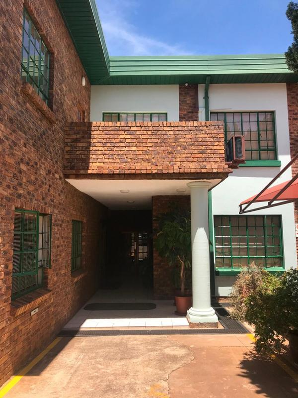 Property For Rent in Clubview, Centurion 4