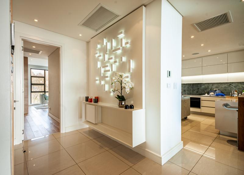 Property For Sale in Houghton, Johannesburg 8