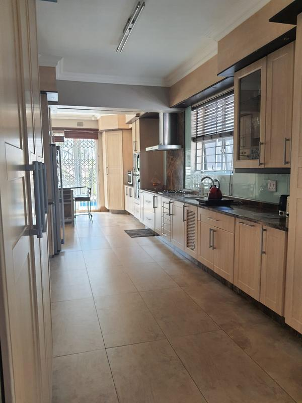 Property For Rent in Emmarentia, Johannesburg 1