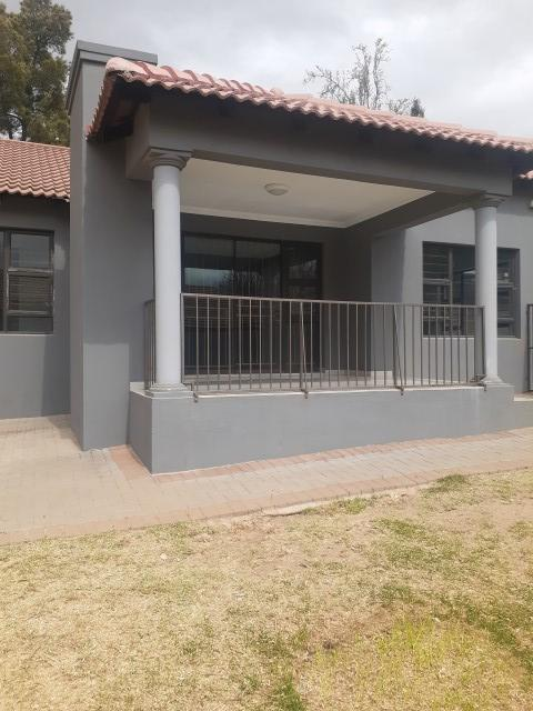 Property For Rent in The Reeds, Centurion 9