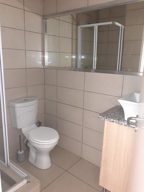 Property For Rent in Rooihuiskraal North, Centurion 15