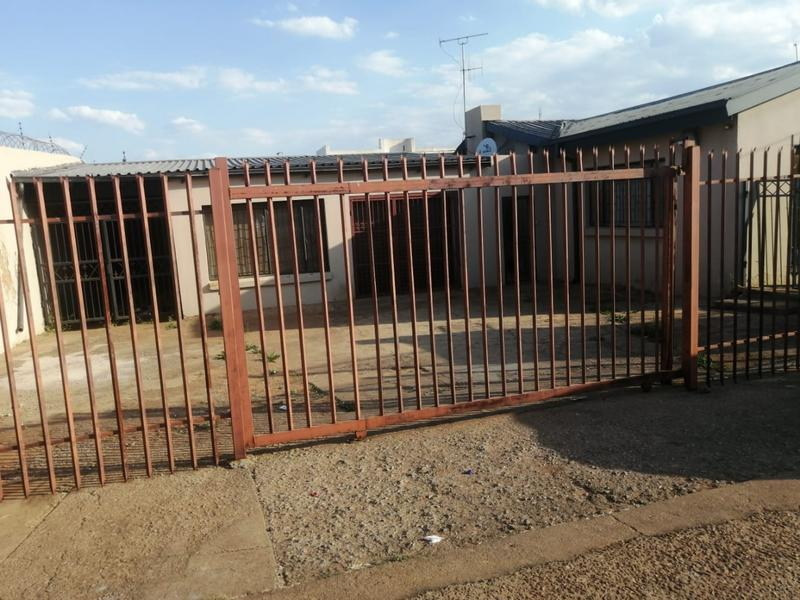 Property For Sale in Laudium, Centurion 9