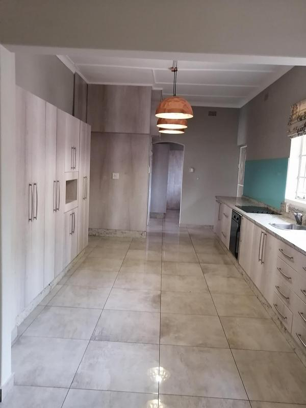 Property For Rent in Emmarentia, Johannesburg 4