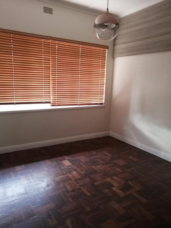 Property For Rent in Emmarentia, Johannesburg 10