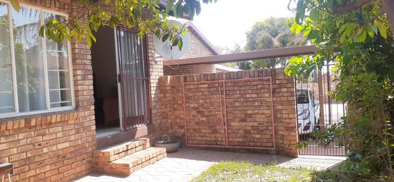 Property For Rent in Rooihuiskraal North, Centurion 27