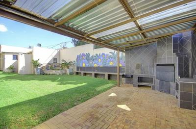 Property For Sale in Crosby, Johannesburg