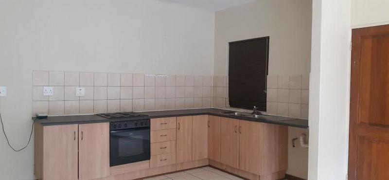 Property For Sale in Eldo Lakes Estate, Centurion 7