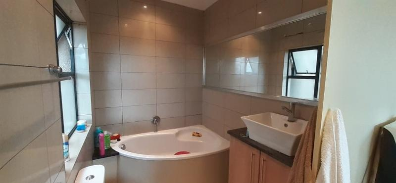 Property For Rent in Rooihuiskraal North, Centurion 8