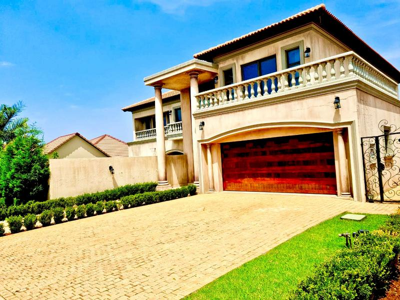 Property For Sale in Raslouw Gardens, Centurion 2