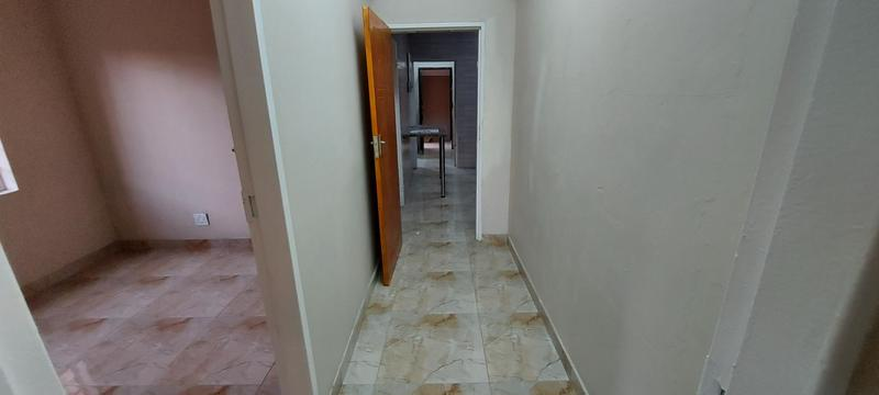 Property For Rent in Laudium, Centurion 17