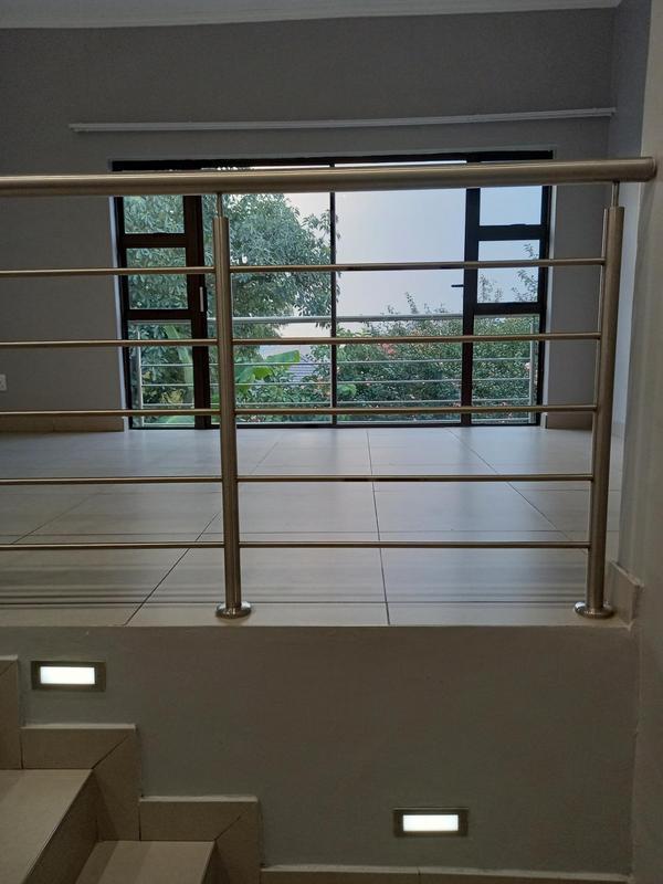 Property For Rent in Greenside, Johannesburg 6