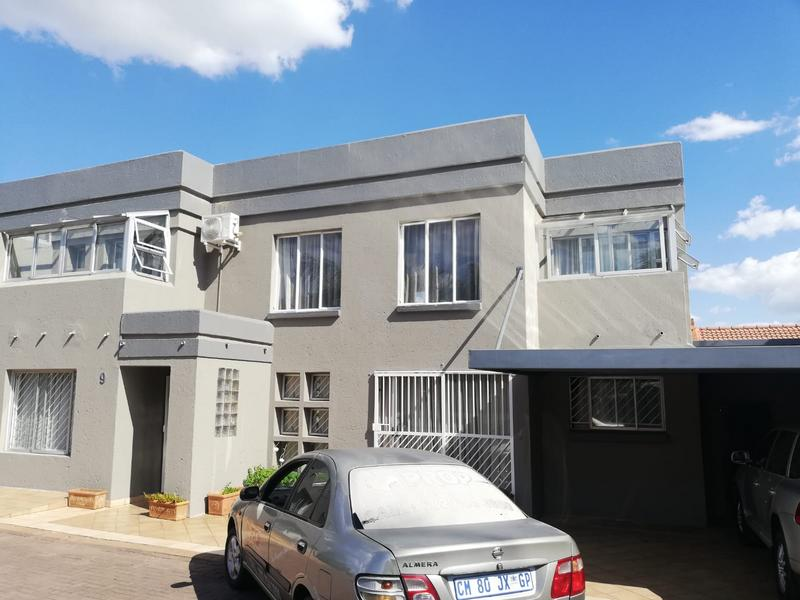 Property For Sale in Erasmia, Centurion 10