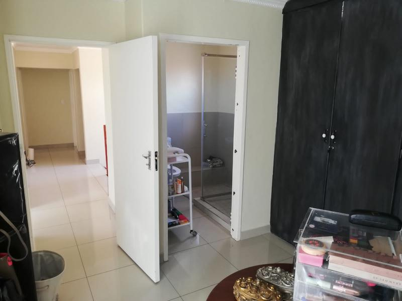 Property For Sale in Erasmia, Centurion 30