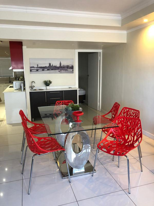 Property For Sale in Sea Point, Cape Town 7