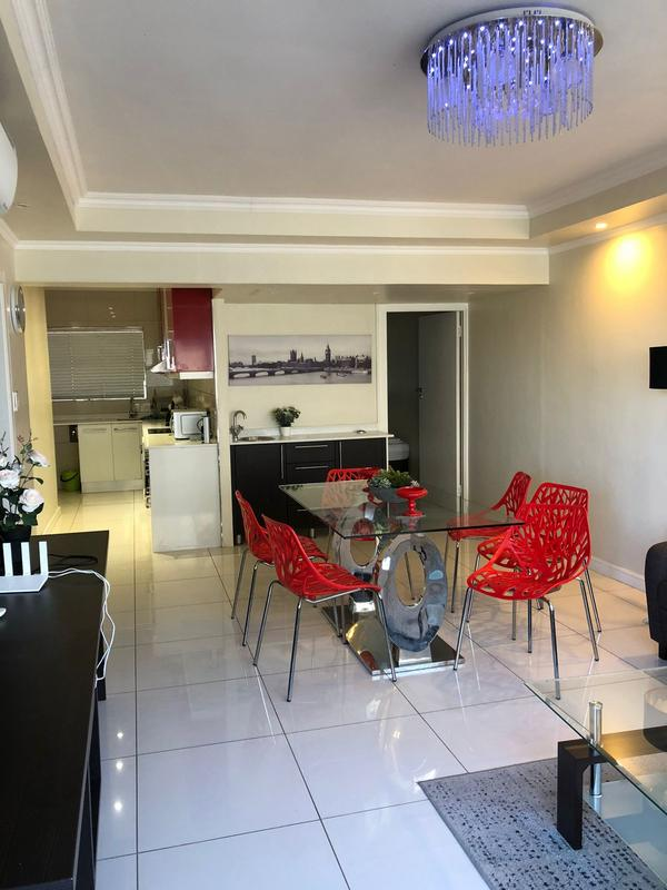 Property For Sale in Sea Point, Cape Town 11