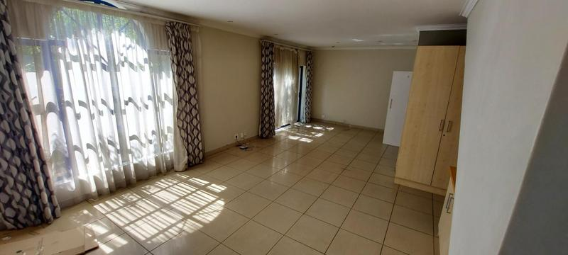 Property For Rent in Claudius, Centurion 10