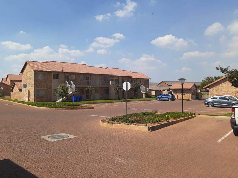 Property For Rent in Monavoni, Centurion 1