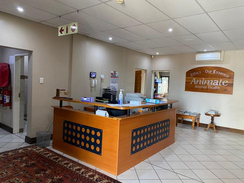 Commercial Property For Rent in Rooihuiskraal, Centurion